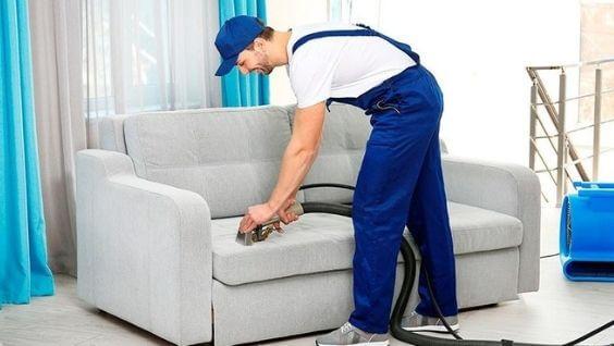 Зачем нужна химчистка диванов