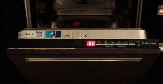 Ошибка на дисплее посудомоечной машины Electrolux