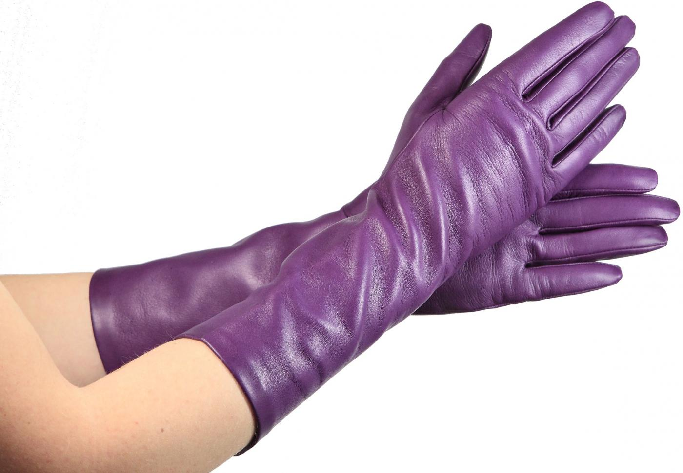 Перчатки из цветной кожи