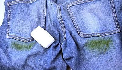 Все способы отстирать траву с джинс