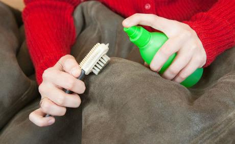 Как стирать кожаную куртку в домашних условиях