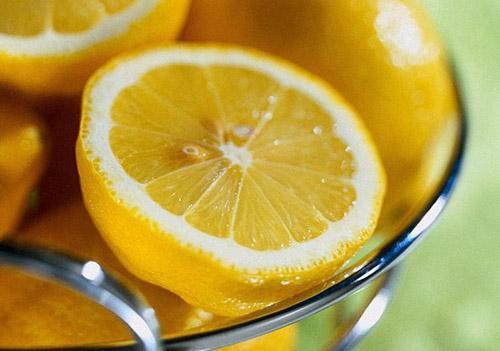 Лимонный сок – средство на все случаи жизни
