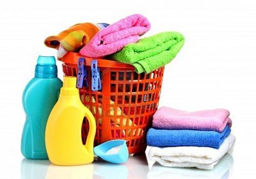 Пятновыводители и спецсредства для линяющих тканей