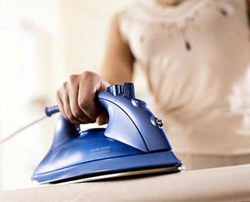 Как правильно сушить и гладить шелк?