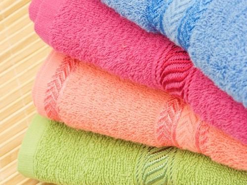 Почему махровое полотенце после стирки становится жестким