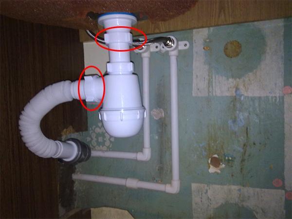 Подключение стиральной машины к сифону с отводом