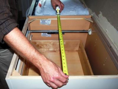 Замеряем ящик для посудомоечной машины