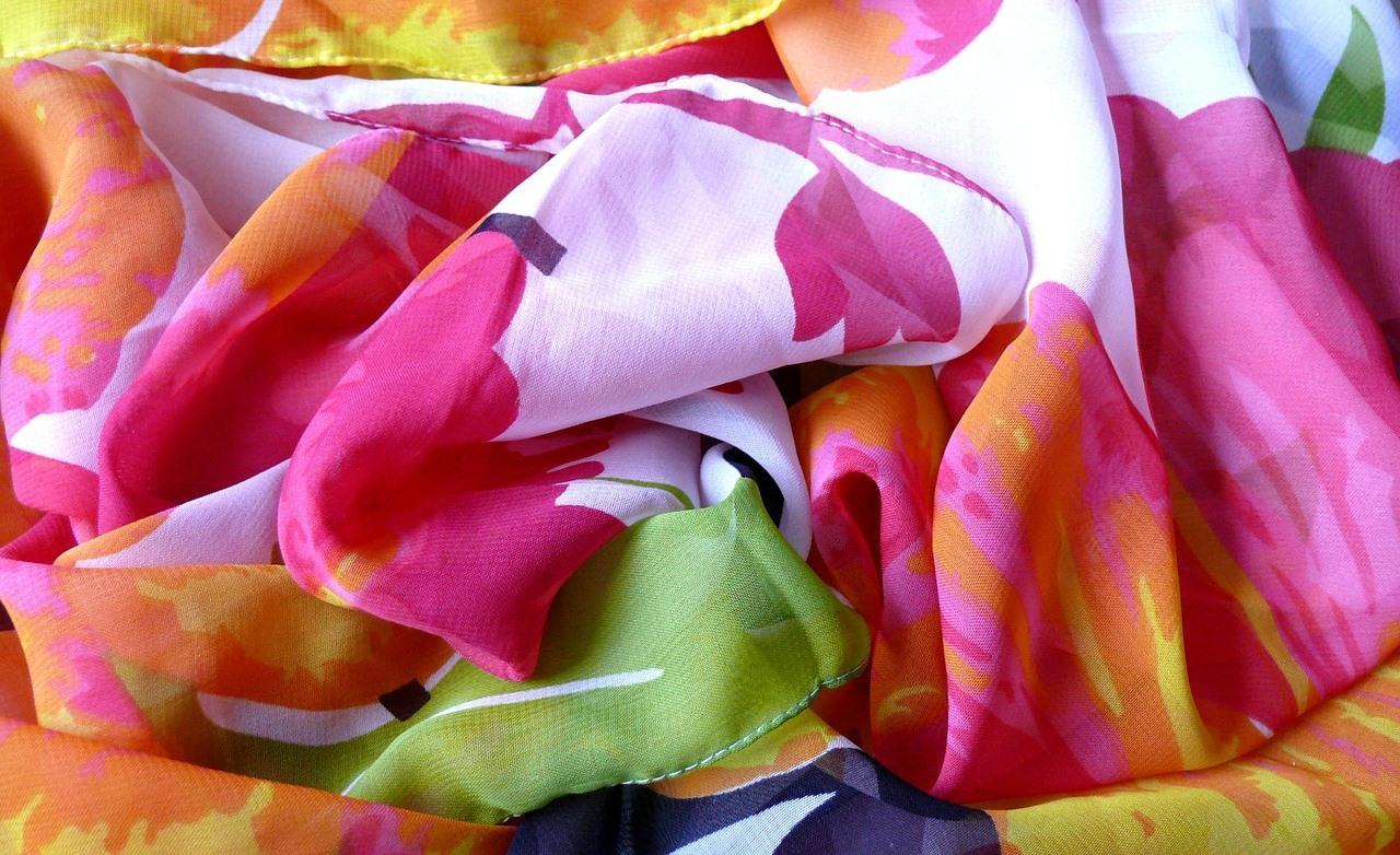 Яркие и деликатные ткани