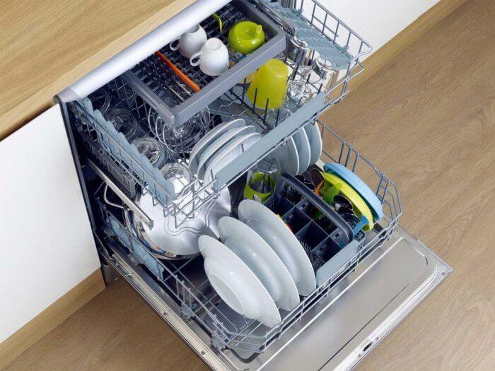 как правильно укладывать посуду в посудомоечную машину