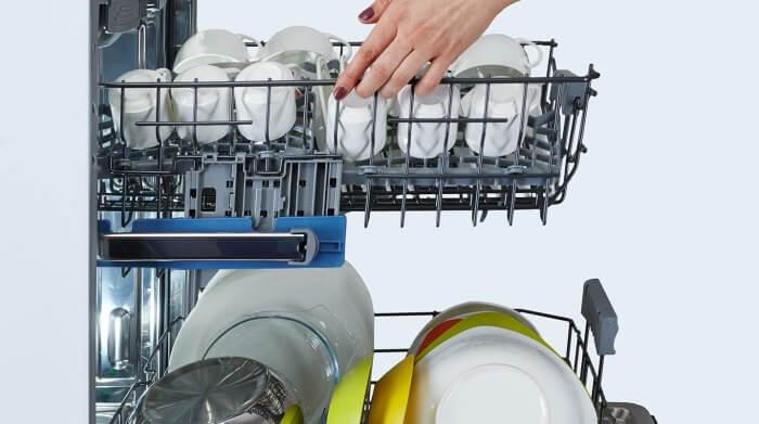 Расстановка посуды в посудомоечной машине