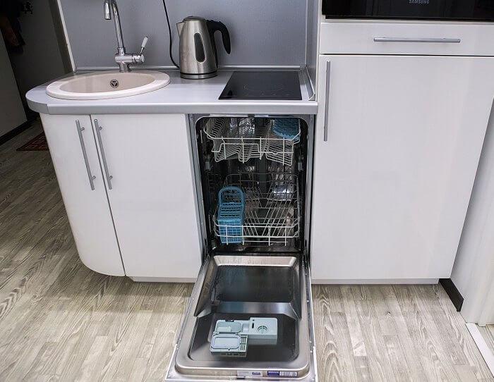 куда поставить посудомойку на маленькой кухне