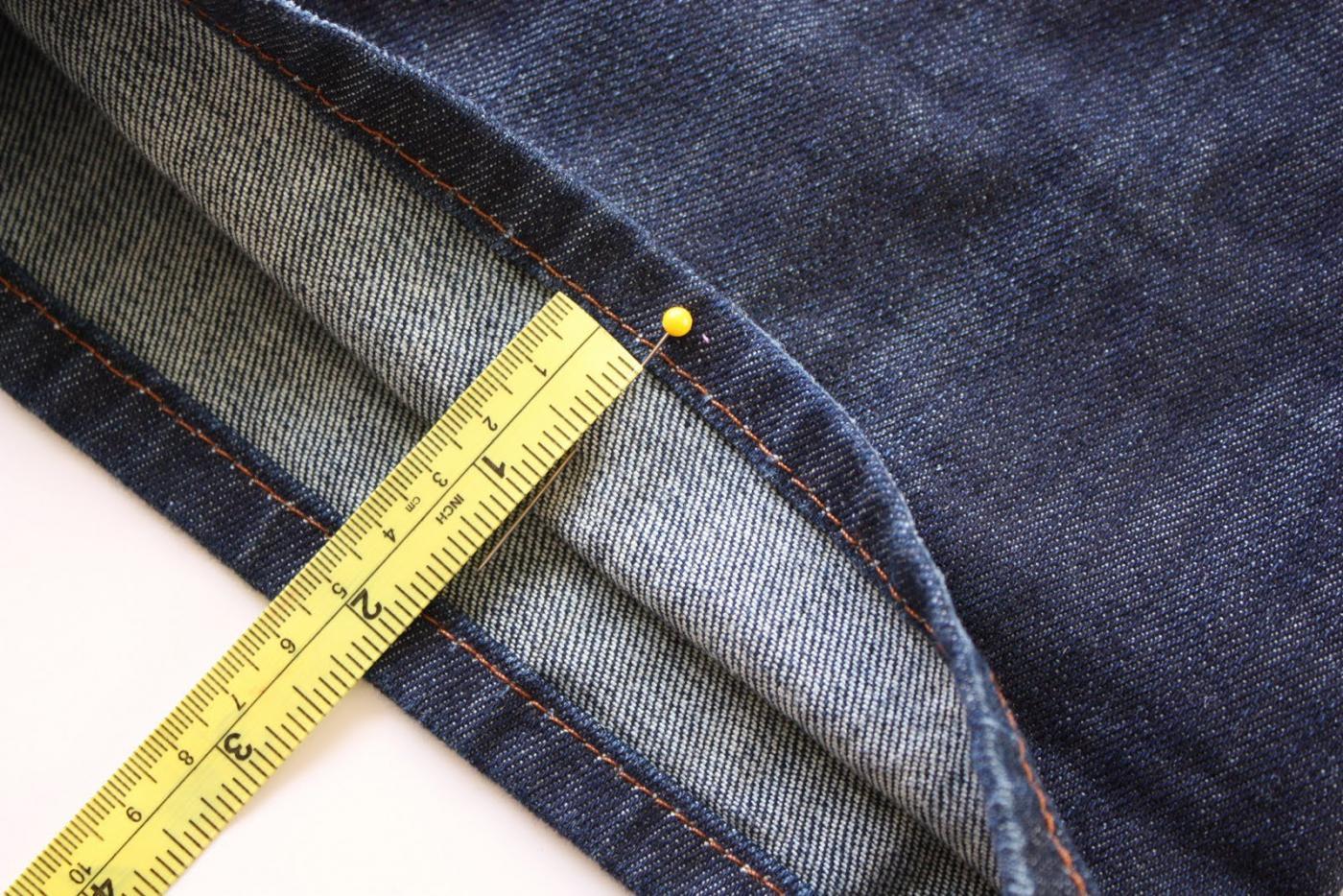 Обрезка джинсов