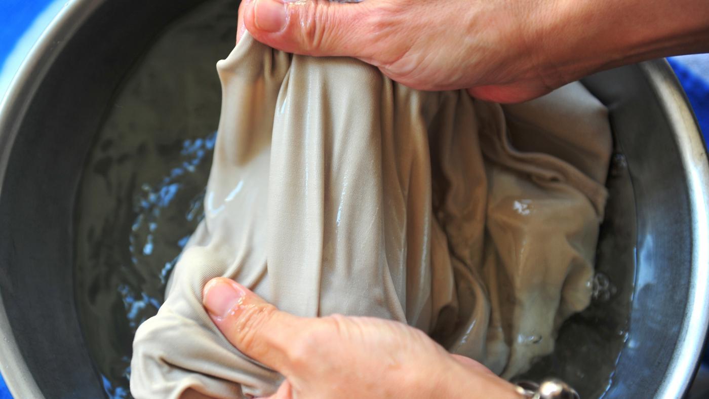 Ручная стирка платья